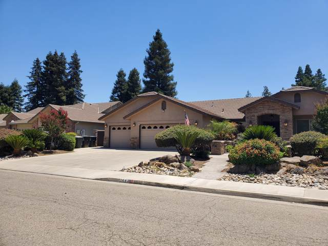 1443 E Feemster Court, Visalia, CA 93292 (#205403) :: Martinez Team
