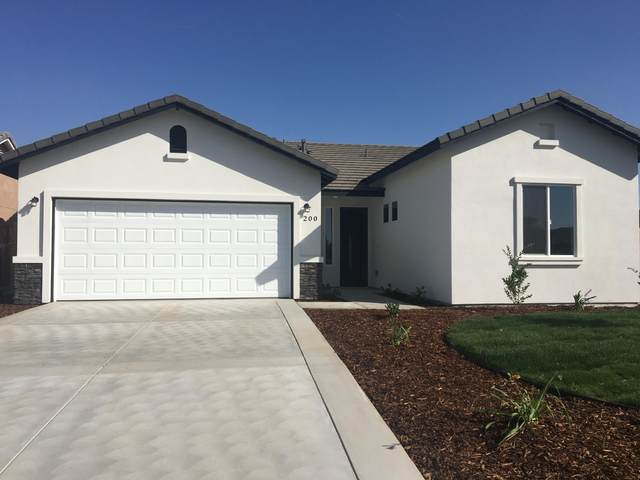 2716 Rancheria Court, Tulare, CA 93274 (#205464) :: The Jillian Bos Team