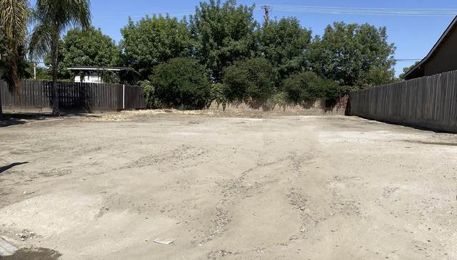 2316 N Park Court, Visalia, CA 93291 (#205493) :: The Jillian Bos Team