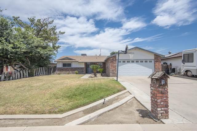 3514 W Fairview Avenue, Visalia, CA 93277 (#205553) :: The Jillian Bos Team