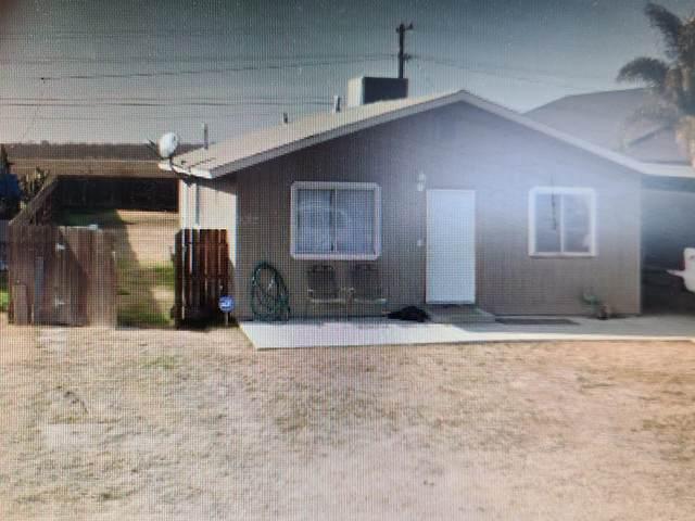 661 S Ventura Avenue, Farmersville, CA 93223 (#205648) :: Robyn Icenhower & Associates