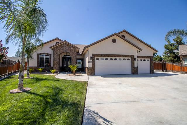 957 N Shadowood Street, Porterville, CA 93257 (#205922) :: The Jillian Bos Team
