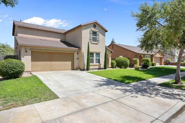 4430 W Elkhorn Avenue, Visalia, CA 93277 (#206055) :: Robyn Icenhower & Associates