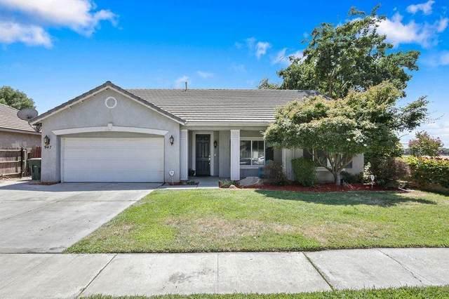 947 W Russell Avenue, Visalia, CA 93277 (#206059) :: Robyn Icenhower & Associates