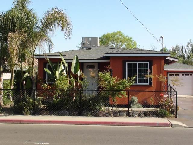 106 E Walnut Avenue, Visalia, CA 93277 (#206061) :: Robyn Icenhower & Associates