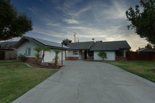 2301 E Iris Avenue, Visalia, CA 93292 (#206098) :: Anderson Real Estate Group