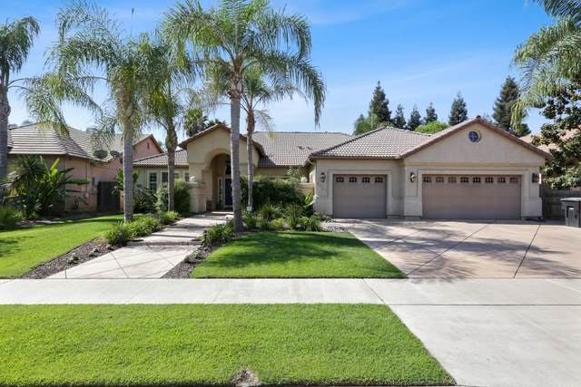 5747 W Vine Avenue, Visalia, CA 93291 (#206160) :: Martinez Team