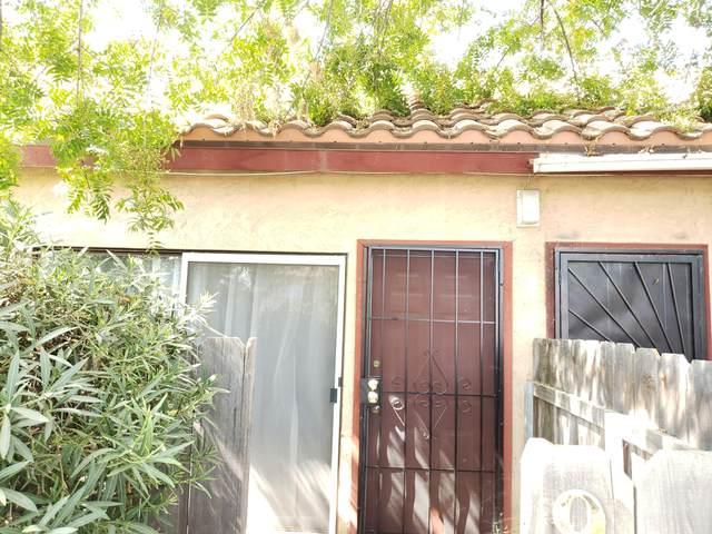 908 W Cameron Street, Hanford, CA 93230 (#206524) :: The Jillian Bos Team