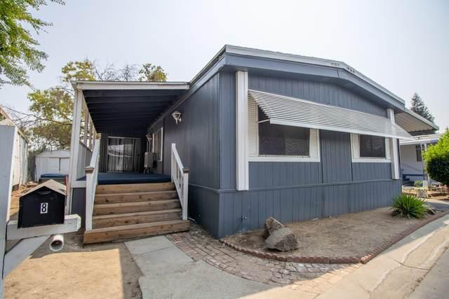 336 E Alluvial Avenue #8, Fresno, CA 93720 (#206588) :: Robyn Icenhower & Associates
