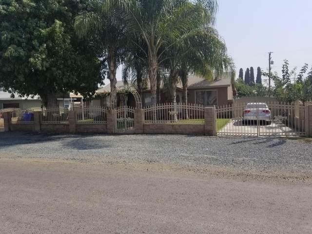 308 N Thompson Road, Tipton, CA 93272 (#206690) :: Martinez Team