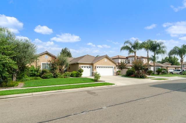 3022 S Tipton Court, Visalia, CA 93292 (#206785) :: Martinez Team