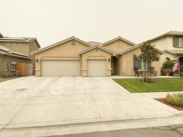 2812 Cape Canyon Avenue, Tulare, CA 93274 (#206812) :: The Jillian Bos Team