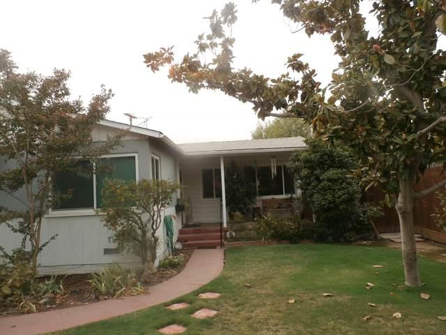 127 N Bellah Avenue, Lindsay, CA 93247 (#206899) :: Martinez Team