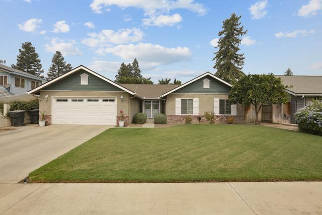 3136 W Evergreen Avenue, Visalia, CA 93277 (#206928) :: Martinez Team