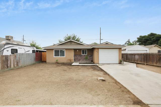 623 W Sweet Avenue, Visalia, CA 93291 (#206931) :: Martinez Team
