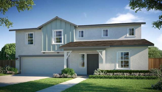 3305 N Garden Street N, Visalia, CA 93291 (#206937) :: Robyn Icenhower & Associates