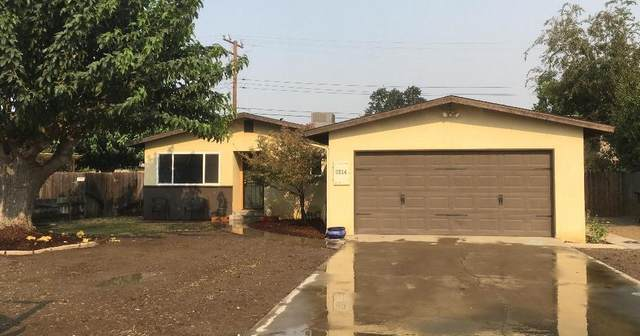 3314 S Dollner Street, Visalia, CA 93277 (#206944) :: Martinez Team