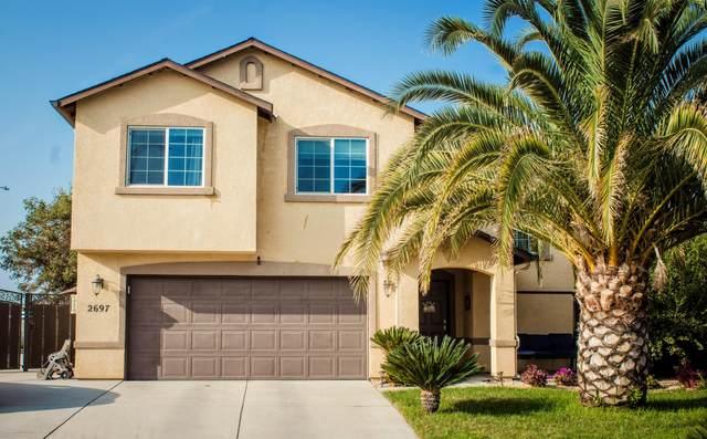2697 Gorelli Court, Tulare, CA 93274 (#206973) :: Robyn Icenhower & Associates