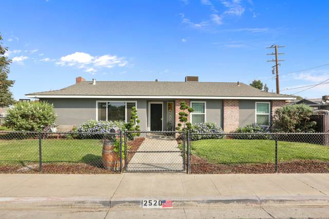 2520 W Whitendale Avenue, Visalia, CA 93277 (#207005) :: The Jillian Bos Team
