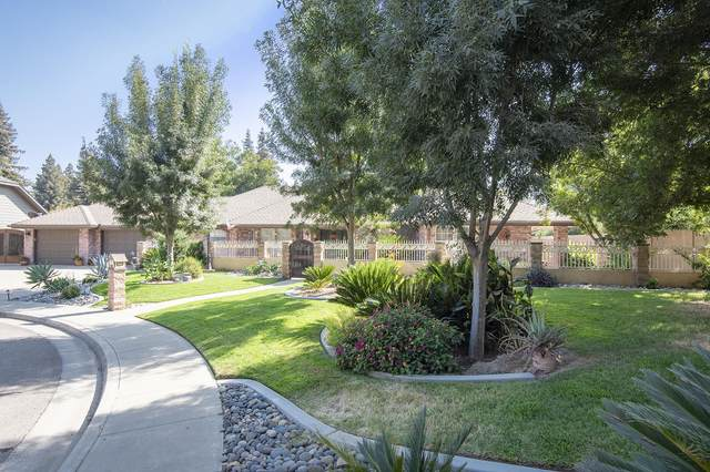 107 E Sunnyside Court, Visalia, CA 93277 (#207009) :: The Jillian Bos Team