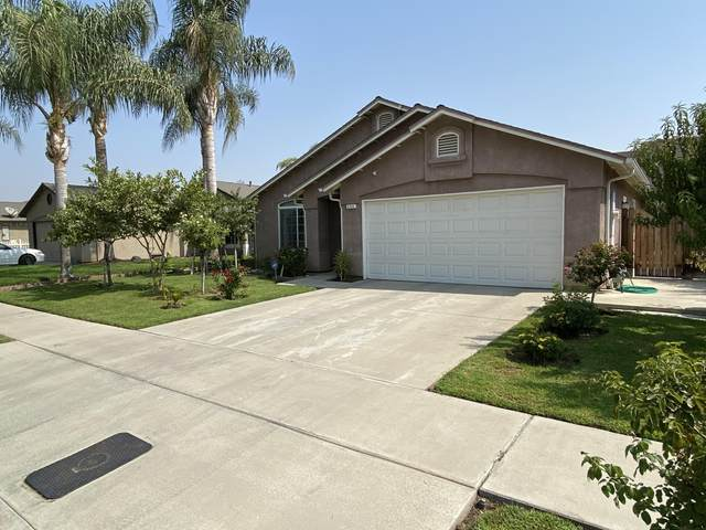 230 Yellowstone Street, Tulare, CA 93274 (#207014) :: Robyn Icenhower & Associates