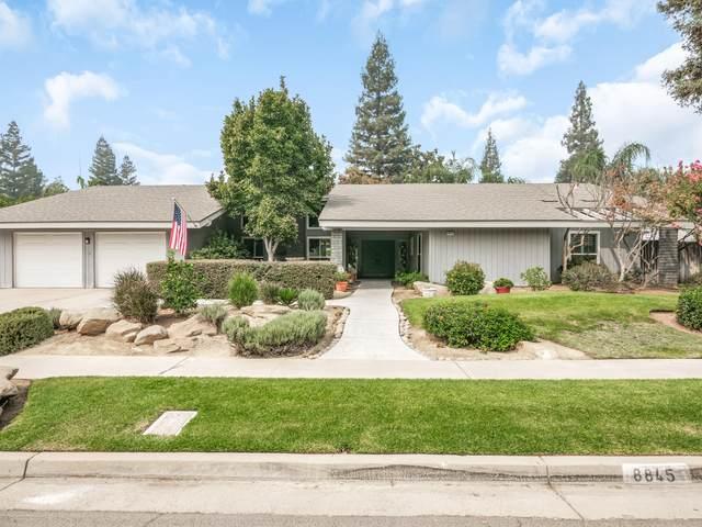 8845 N Ione Avenue, Fresno, CA 93720 (#207034) :: Robyn Icenhower & Associates