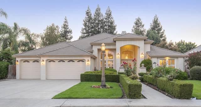 4924 Lakewood Drive, Visalia, CA 93291 (#207093) :: The Jillian Bos Team
