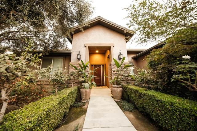 5925 W Oriole Avenue, Visalia, CA 93291 (#207186) :: Robyn Icenhower & Associates