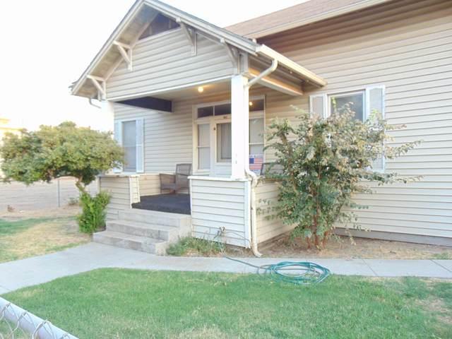 123 W Myrtle Street, Hanford, CA 93230 (#207307) :: Martinez Team