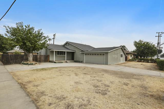 2905 E Ashlan Avenue, Fresno, CA 93726 (#207375) :: Your Fresno Realty | RE/MAX Gold
