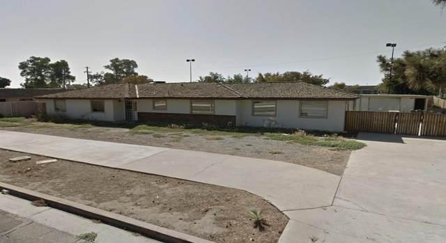 3835 W Caldwell Ave Avenue, Visalia, CA 93277 (#207397) :: The Jillian Bos Team