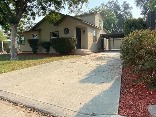 1309 Kaweah Street, Hanford, CA 93230 (#207411) :: The Jillian Bos Team