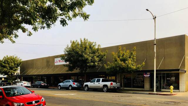 1608 11th Street, Reedley, CA 93654 (#207527) :: Your Fresno Realty | RE/MAX Gold