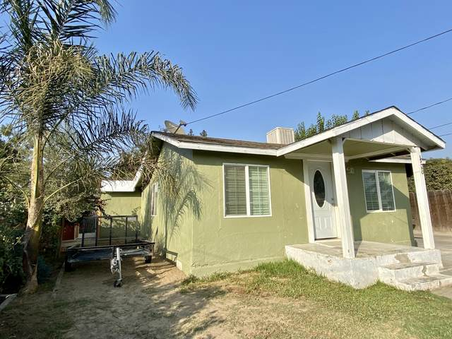 456 W Center Avenue, Porterville, CA 93257 (#207541) :: Your Fresno Realty | RE/MAX Gold