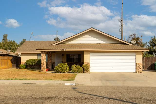 2280 W Cricklewood Court, Porterville, CA 93257 (#207586) :: The Jillian Bos Team