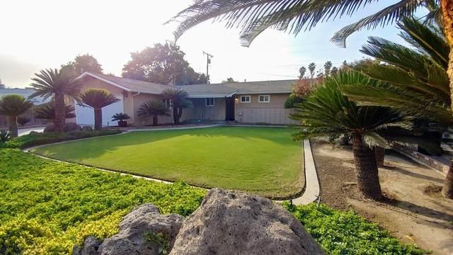 2715 W Cherry Court, Visalia, CA 93277 (#207598) :: Anderson Real Estate Group