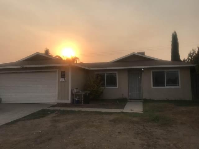 501 N Virginia Avenue, Farmersville, CA 93223 (#207615) :: Your Fresno Realty | RE/MAX Gold