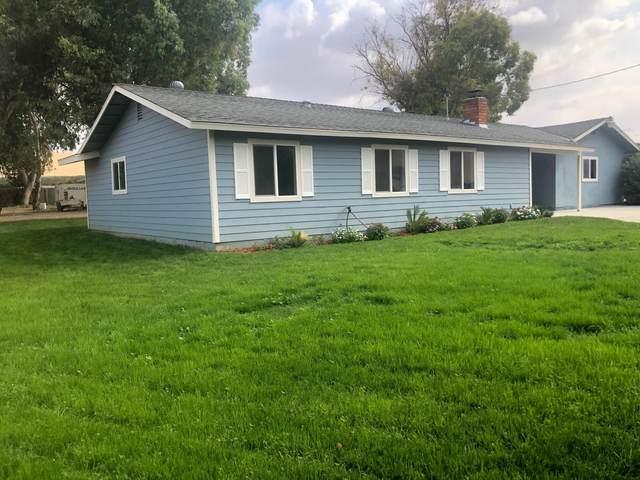 13910 Road 284, Porterville, CA 93257 (#207616) :: Martinez Team