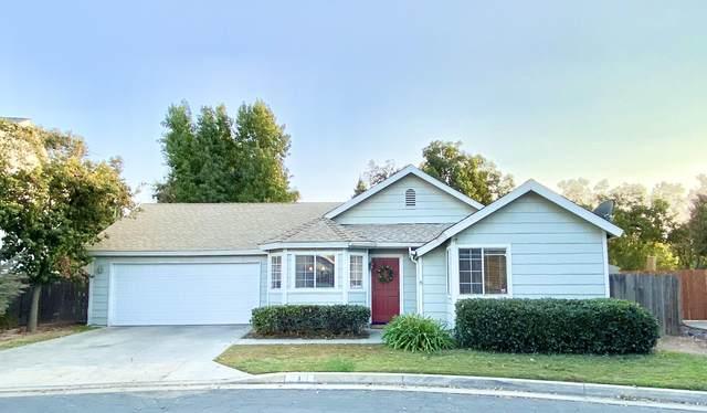 811 E Trinidad Avenue, Visalia, CA 93292 (#207629) :: Anderson Real Estate Group