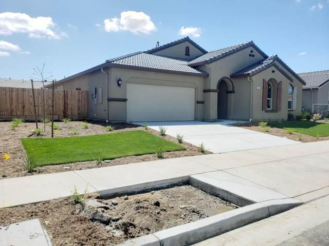 1631 W Tyler Avenue, Visalia, CA 93291 (#207635) :: Anderson Real Estate Group