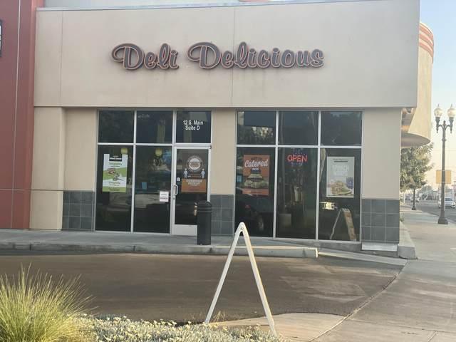 12 S Main Street A-D, Porterville, CA 93257 (#207707) :: Martinez Team