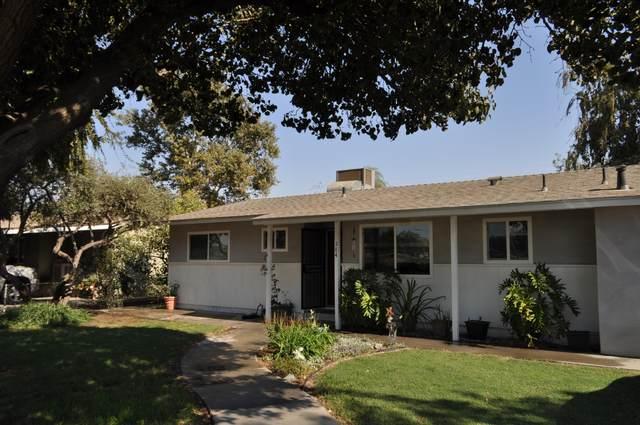 284 S Newman Road, Tipton, CA 93272 (#207717) :: The Jillian Bos Team