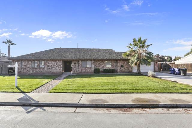329 E Burlwood Lane, Lemoore, CA 93245 (#207984) :: The Jillian Bos Team