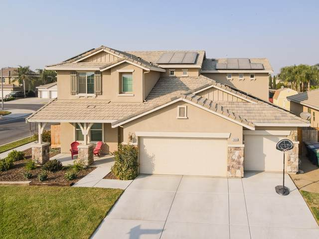2800 Cape Canyon Avenue, Tulare, CA 93274 (#208014) :: Martinez Team
