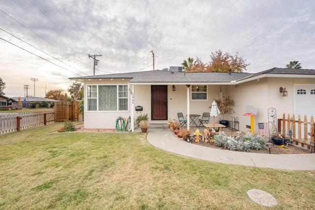 1904 N Burl Drive, Hanford, CA 93230 (#208107) :: Martinez Team