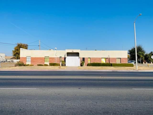 1450 E Bardsley Avenue, Tulare, CA 93274 (#208142) :: Martinez Team
