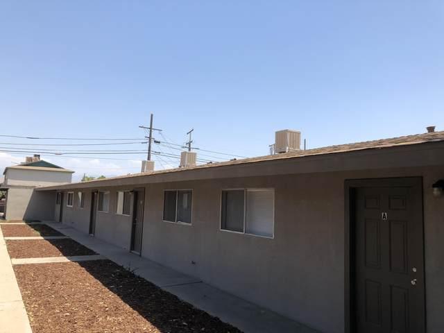 196 S C Street, Porterville, CA 93257 (#208155) :: Martinez Team