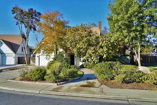 284 W Redwood Street, Hanford, CA 93230 (#208164) :: The Jillian Bos Team