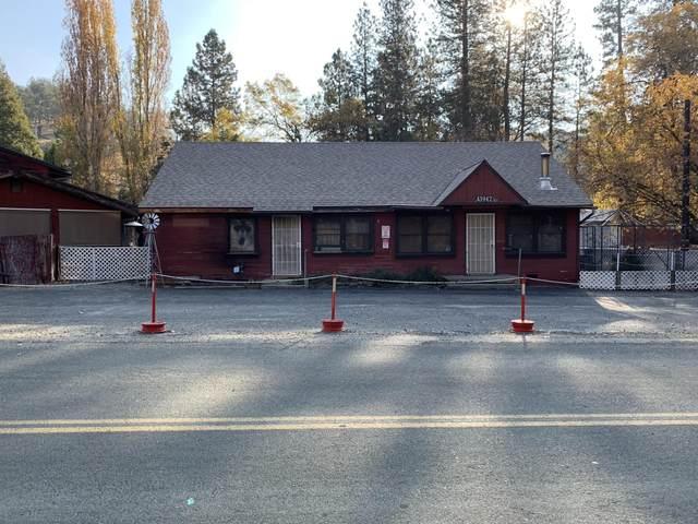 43942 Pine Flat Drive, Pine Flat, CA 93207 (#208203) :: The Jillian Bos Team