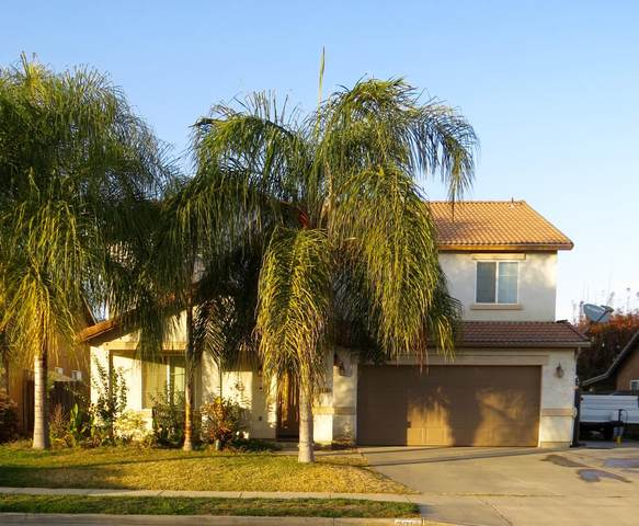 2214 E Victor Avenue, Visalia, CA 93292 (#208285) :: The Jillian Bos Team
